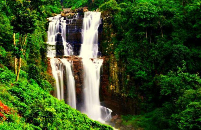 Ramboda falls   Puna Ella - Nuwara Eliya