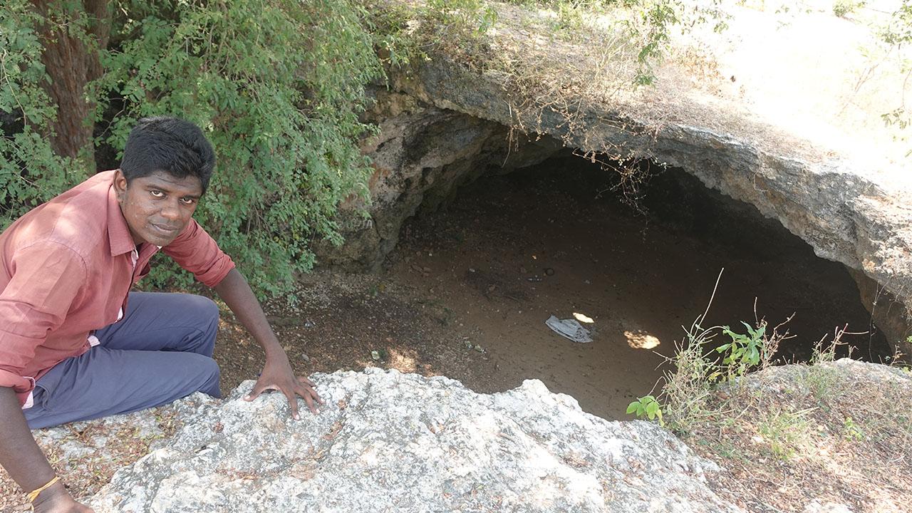 Jaffna kerudavil Cave