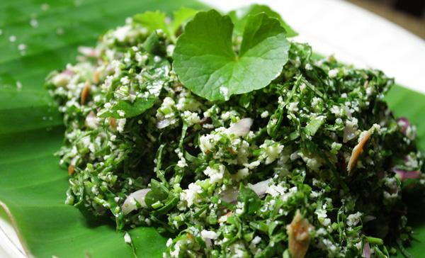 Pennywort Salad | Gotukota Sambol | Vallarai Sampal Srilankan Cuisine